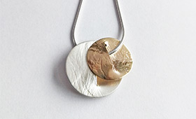 Kari Woo contemporary art jewellery